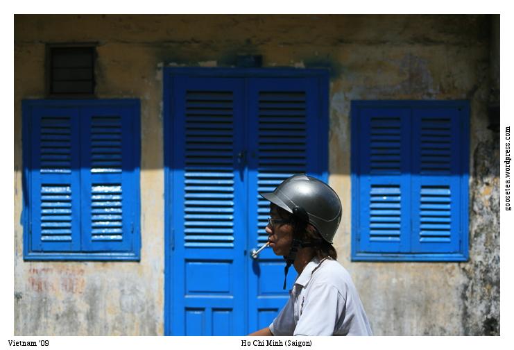 vietnam ho chi minh city saigon door windows motocycle rider вьетнам хо ши мин сайгон мотоциклист